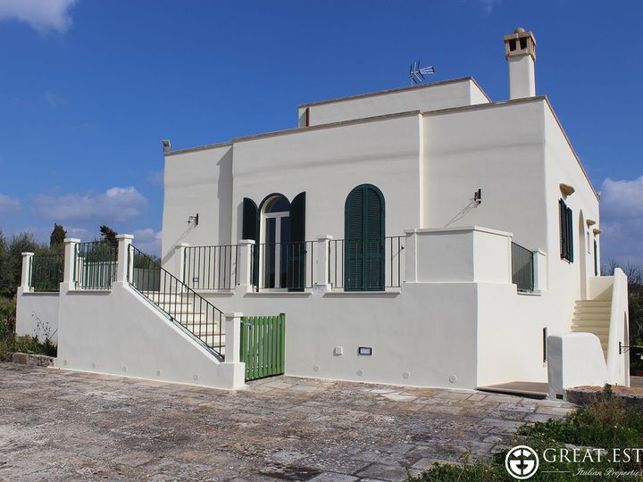 House in city Lecce