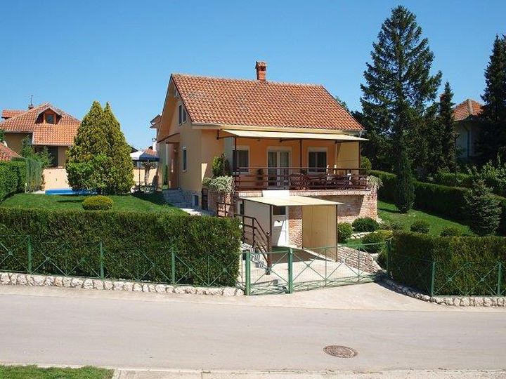 Villa in city Veliko Gradiste