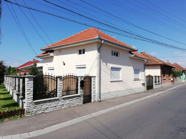 Detached house in city Simeria