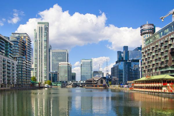 In the London office real estate can fall in price on 30%