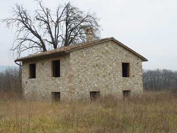 Detached house in city Massa Martana