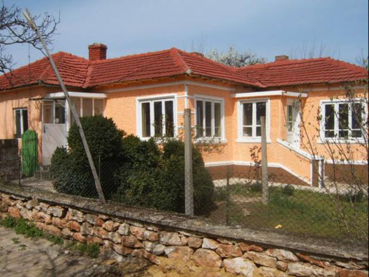 Detached house in city Shabla