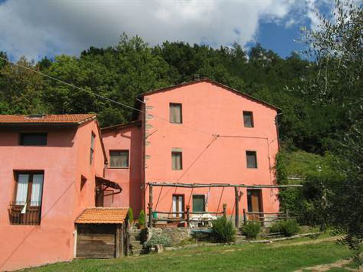 Detached house in city Bagni di Lucca
