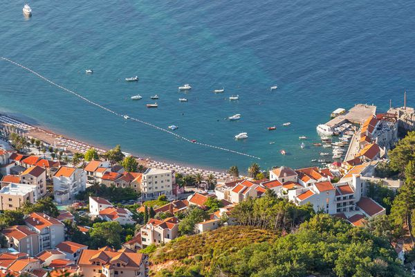 Montenegro, Petrovac – you could come to own home by the sea