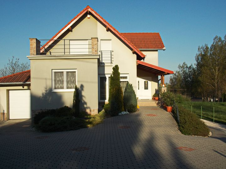 Detached house in city Heviz