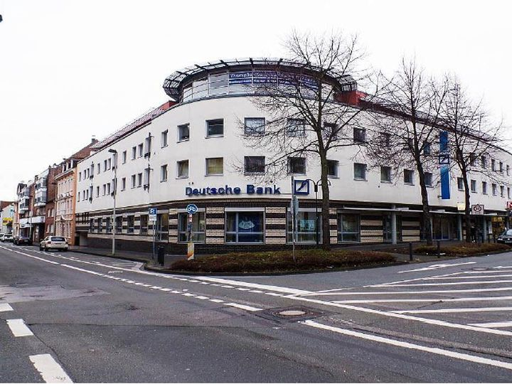 Commercial in city Solingen
