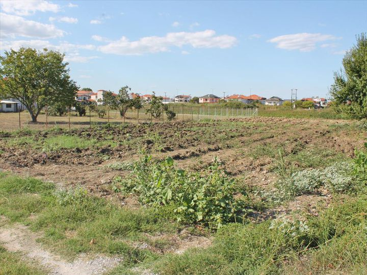 Land in city Katerini