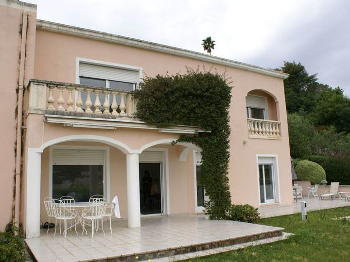 Villa in city Menton