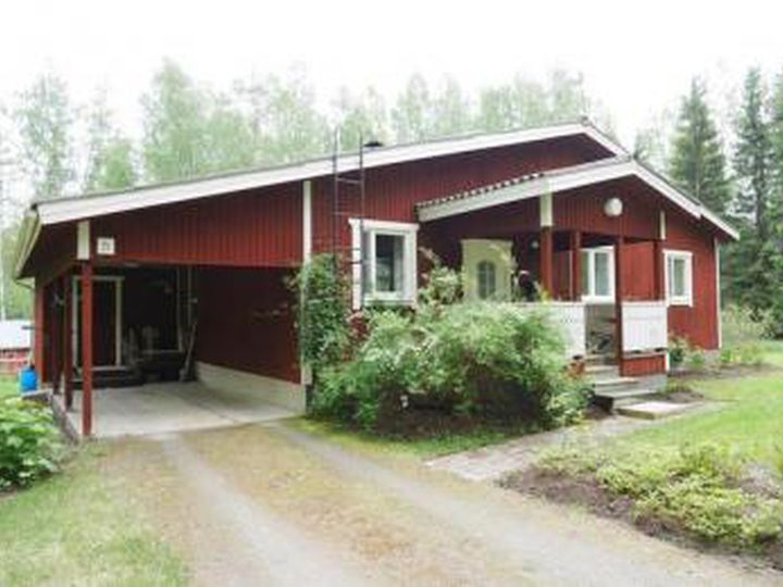 Detached house in city Varkaus