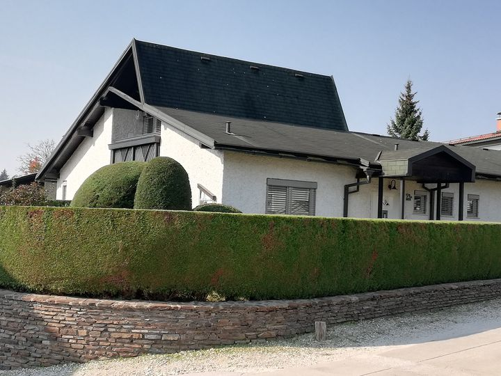 Detached house in city Celje