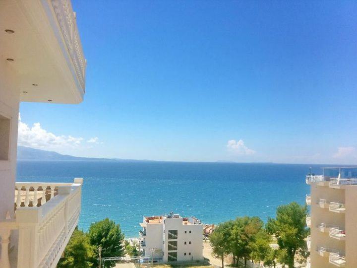 Apartment in city Sarande
